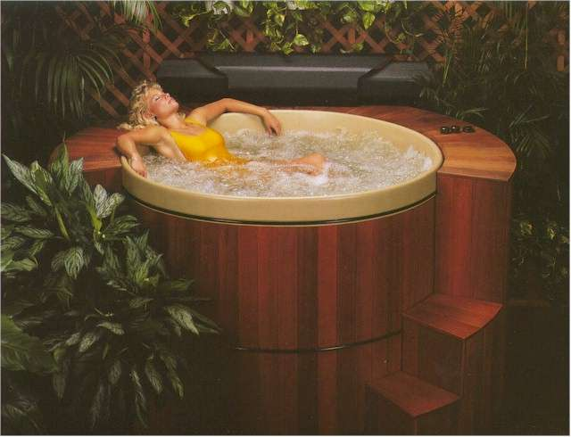 Great Northern Hot Tubs wooden spa